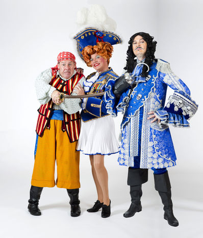 Andy Gray (Smee), Allan Stewart (Mrs Smee) and Grant Stott (Captain Hook)